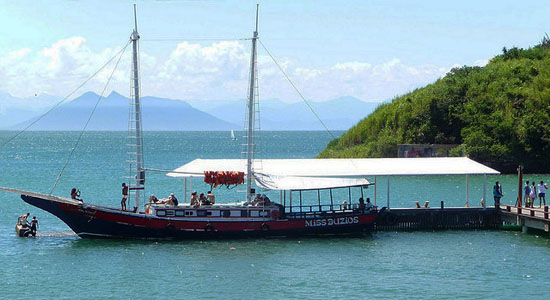 Buzios activities schooner tours
